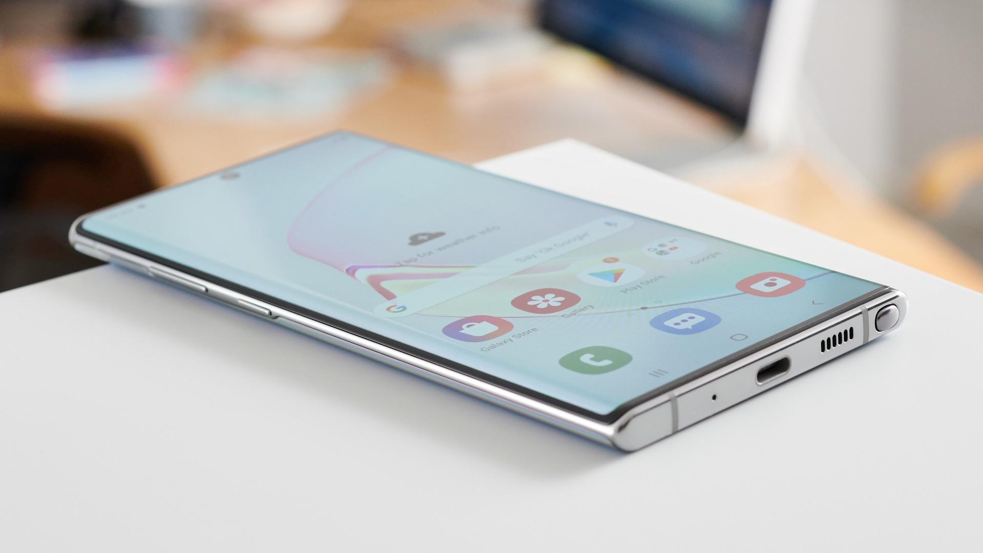 Samsung Galaxy Note 10 vs LG G8 Thinq